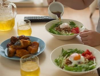 プレートの他、ボウルも便利です。丼ものをよそったり、カレーなどを盛り付けても良さそう。