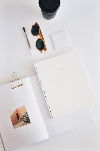 やりたいことリストを書くときは、できるかできないかは考えずにとにかく思ったことを全て書き出しましょう。「お金がないから」「時間がないから」といった制約は抜きにします。