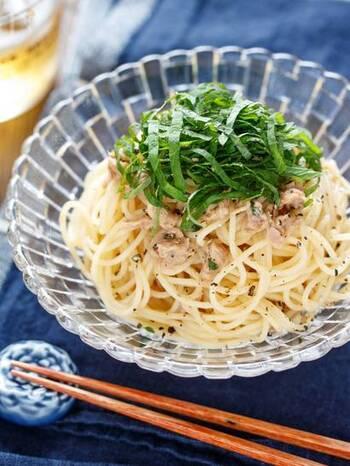 こちらも調理時間10分程度で簡単に作れるパスタレシピです。パスタにツナを加えて、めんつゆ・レモン汁・オリーブオイルで和えるだけで、あっという間に美味しい冷製パスタが完成しますよ◎。