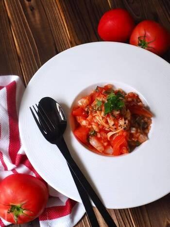 夏は冷たい麺料理が美味しい季節です。 つるっと食べやすい冷製パスタは、洋風から和風まで様々なアレンジが楽しめるのも大きな魅力です。 今回ご紹介した素敵なレシピを参考に、さっそく美味しいパスタづくりに挑戦してみませんか?