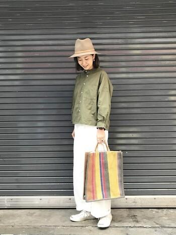 アースカラーがよく似合うのは30代ファッションの特権。春にもぴったりなアースカラーを積極的に活用しましょう。