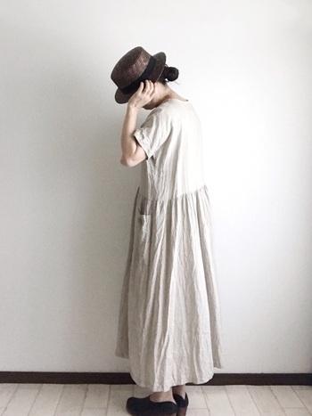 膝丈以下のスカートは、30代ファッションにはもう会わないかも。ゆったりとした長めのスカートなら、ナチュラルかわいく、かつ大人っぽく仕上がります。