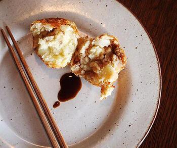 ほくほくのじゃがいもに、塩気のあるアンチョビがマッチしたおいしいコロッケ。お弁当の一品にもぴったりです。