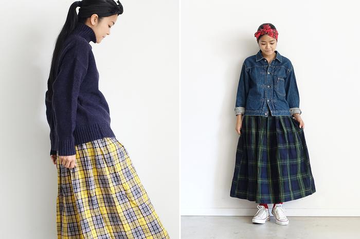 トップスを秋物に替えたら、タイツやソックスをはいて足元もバランスよく。 スカートもワンピース同様、カラーは3色展開です。