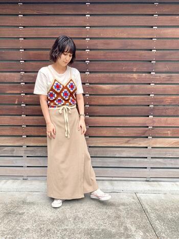 マンネリしがちな夏のTシャツ。アレンジ方法や秋までの着回しコーデは?
