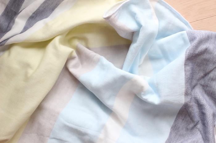 国内産で安心のやわらかく、ふわふわのガーゼ生地のガーゼケットは肌の弱い方や赤ちゃんでも安心して使えます。触り心地も抜群で裏地にはバイルが使用されていて、通気性もバッチリ。使うたびに肌に馴染むので永く愛用できそう。