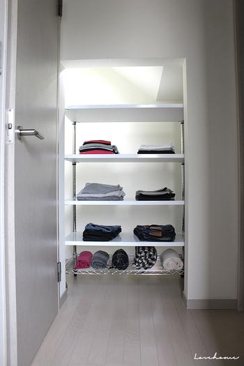 きれいに畳むと、収納しやすいだけでなく見た目が美しく、洋服を大切にしようという気持ちが芽生えてきます。