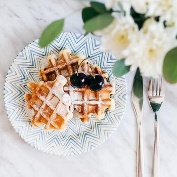 月曜日の朝が楽しみになるための工夫として、いつもよりすこしリッチな朝食を用意してみませんか?美味しいコーヒー、手作りのベーカリー、有名店のスイーツ、フレッシュな果物など、「早く明日が来ないかな」と思えるようなチョイスを。