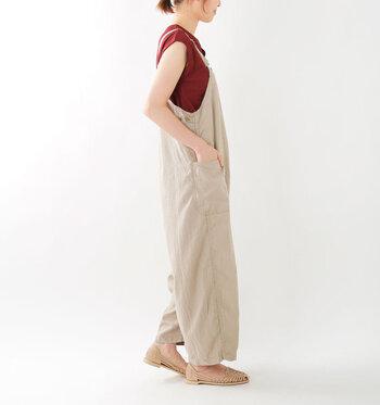 しっかりカジュアル系でも、美しいシルエットによって大人っぽい印象にしてくれるブランド、「kha:ki」。どんな服にも合うシンプルなアイテムが多いのも特徴です。