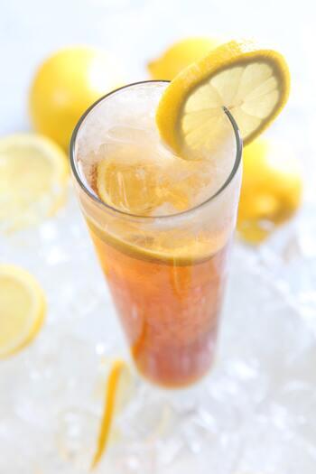 アールグレイは、産地の名前と思いがちですが、茶葉にベルガモットで柑橘系の香りをつけたフレーバーティーなんです。すっきりした爽やかな香りは、アイスティーにも適しています。