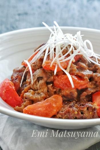 牛肉と味噌の甘みとトマトの酸味が抜群に美味しい一品も10分以内で完成できるありがたレシピです。