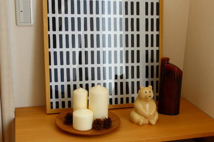 横に並べて置いたユーモラスな表情のシロクマさんのオブジェが、これからやって来る冬の気分をさらに盛り立ててくれますね。