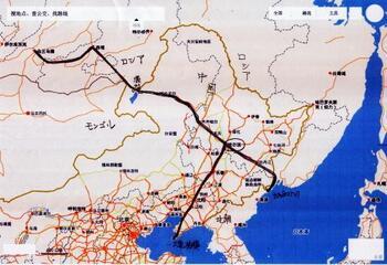 1986年にシベリア鉄道の一部が開通した際、さらなる工事の拡大のために当時のロシア皇帝が満州を横断する東清鉄道を開設しようと注目したのが、ハルビンでした。