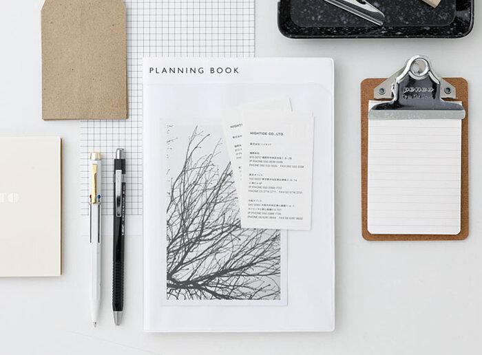 手帳にはさまざまなレイアウトがあり、手帳選びでいちばん悩むところではないでしょうか。手帳の目的とレイアウトが一致していないと、使いづらいだけでなく、使うのをやめてしまうことにもなりかねません。あなたが手帳に求める機能は何でしょうか? 手帳の使い方や目的別の選び方をご紹介します。
