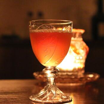 秋の夜長はしっとりと。雰囲気抜群の「隠れ家バー」で大人のカクテルタイムを