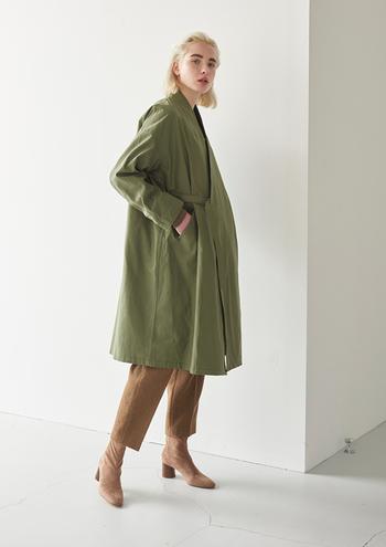 肌寒い季節に突入すると、気分はすっかり秋冬モード。ファッションも秋冬らしい装いを楽しみたいところですね。今年の秋冬のトレンドは何か、そろそろ気になっていませんか? 今回は2019-2020年の秋冬ファッションのトレンドファッションを、カラーやアイテムごとにたっぷりご紹介します!今年のトレンドを取り入れて、おしゃれに、秋冬のコーディネートを楽しみましょう♪