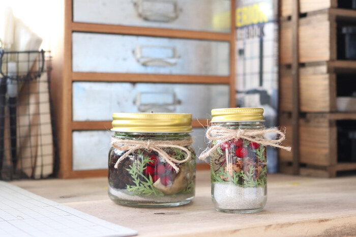 使わないときは蓋をしておしゃれな雑貨として棚に飾っても素敵ですね。中に入れる素材を季節感のあるものに変えれば、一年を通して楽しめそう。