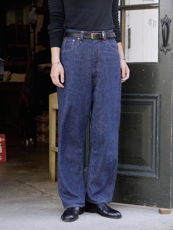 """ワンランク上の着こなしの秘訣は""""靴""""にあり。大人の「上級デニムコーデ」"""