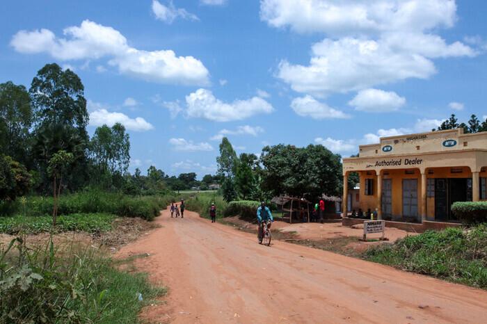 ©︎naoko sakuragi  内戦から10年以上経ち、すっかり平和になったウガンダ。「復興」から「発展」への過渡期に差し掛かり、今こそ必要なのは、ウガンダの未来を背負う子どもたちへの「教育」。この映画プロジェクトが、その学びの一端を担います。