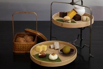 """コンセプトは現代の""""日本のティーサロン""""。そんな「HIGASHIYA GINZA」で特にオススメなのは【和のアフタヌーンティー】!厳選されたお茶と上品な和菓子で、贅沢な時間を過ごしてみませんか?"""