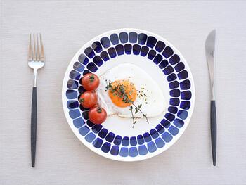 どこか和の雰囲気が漂う「24hシリーズ」。洋食だけでなく、和食との相性も抜群で、名前どおり24時間どんな料理にも活躍してくれます。