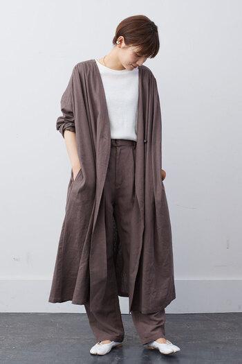 寒い日が多くなってくると、やっぱり気になるのが秋冬トレンドアイテム。流行のお洋服を上手に秋冬コーデに取り入れれば、簡単におしゃれなスタイリングが楽しめちゃいます。