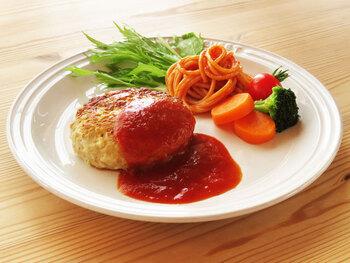 ボリューミーな食事がしたい!と思った日や、肉も食べたいけどやっぱりカロリーが心配。という人におすすめ。豆腐と肉の量が1対1でヘルシーにも関わらず、満足度の高い一品です。