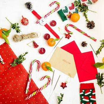 筆まめな方以外にもお手紙を書きやすいイベントと言えば、クリスマスなどのシーズンイベント。  クリスマスカードだけでも嬉しいですが、ちょっと定番すぎるかも。そこで一緒に、かわいいオーナメントはいかがですか?
