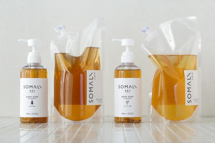 やわらかなラベンダーの香りと、心安らぐひのきの香りの2種類あり、500ml入りのポンプ式ボトルと、1Lの詰め替え用がそれぞれあります。洋風の浴室にあいそうなラベンダーと、和の香りいっぱいのひのき、両方揃えて、その日の気分や季節で使い分けるのも良いかも。