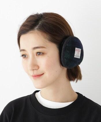冷えると痛くなってしまう耳をカバーできるイヤーマフ。ゴルフなどプレイに影響しないスポーツのときに使えます。