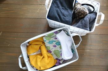 ブログでは、浴衣は小物と一緒に収納ボックスにしまう方法がよく紹介されています。着る機会が少ないときはなおさら、スッと取り出せると良いですね。ちなみにこちらはダイソーの布ボックスを利用しているのだそう。100均でも素敵な収納グッズが手に入りますよ♪