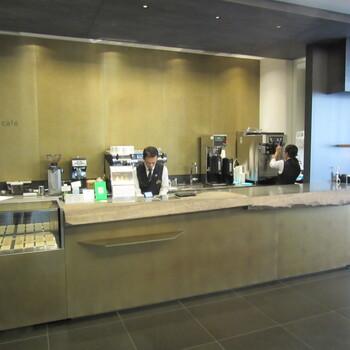 moa 美術館で軽めのランチを頂くならここ「the café」がおすすめ!カフェスペースであるthe caféでは、パンランチを楽しむことができます。