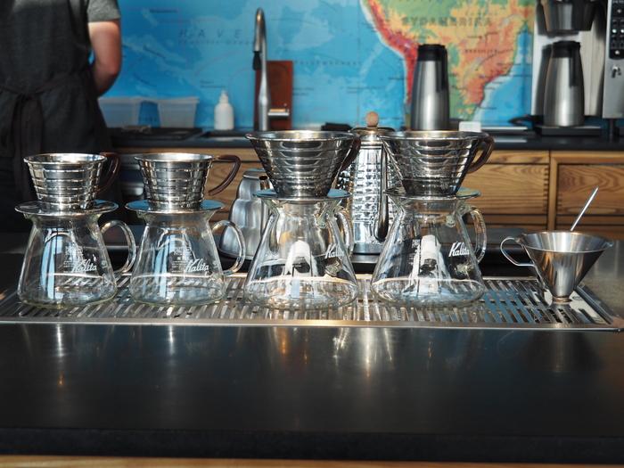 北欧を訪れたら、本場の北欧コーヒーを堪能したいですよね!北欧には素材にこだわった美味しいコーヒーがたくさん♪世界バリスタチャンピオンにも輝いたバリスタが淹れる、本格派のコーヒーを楽しむことができます。そしてコーヒーだけでは無く、見た目も味も最高なコーヒーとの相性抜群な焼き菓子がたくさん存在しますよ。