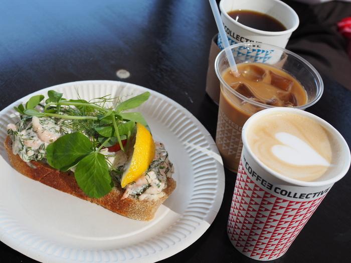 デンマーク・コペンハーゲンで最も有名なコーヒーと言っても過言ではない、「The Coffee Collective(コーヒーコレクティブ)」。バリスタ世界チャンピオンが立ち上げた、コペンハーゲン自慢のお店です。現在ではコペンハーゲン市内に3店舗を構えています。