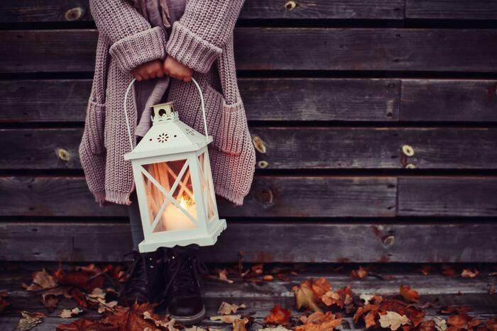 夏が終わってしまうと寂しい気持ちにもなりますが、読書の秋・芸術の秋など、こころやセンスを養うチャンスが多いのも秋の醍醐味です。  食欲の秋、おいしい季節のスイーツでたっぷり元気をつけて、人生の糧となるような豊かな思い出をたくさん作っていきたいですね!