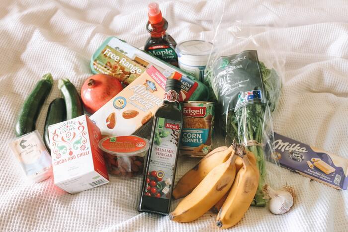 消費税増税の節約対策として、ますます重視したい自炊。しかし働きながらとなると、節約メニューを考えたり食材を管理するのが大変ですよね。賢く野菜をストックして、食費を抑えつつ健康な食生活を目指しましょう!今回は便利なストック食材と、その食材を活用できるアレンジレシピをご紹介します。