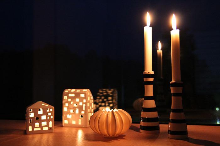 涼しくて過ごしやすい秋の夜長には、ゆらめくキャンドルの灯りを楽しむのも素敵です。キャンドルをつけていない間でも、オブジェとして使える可愛らしいキャンドルホルダーを集めてみるのもいいですね。