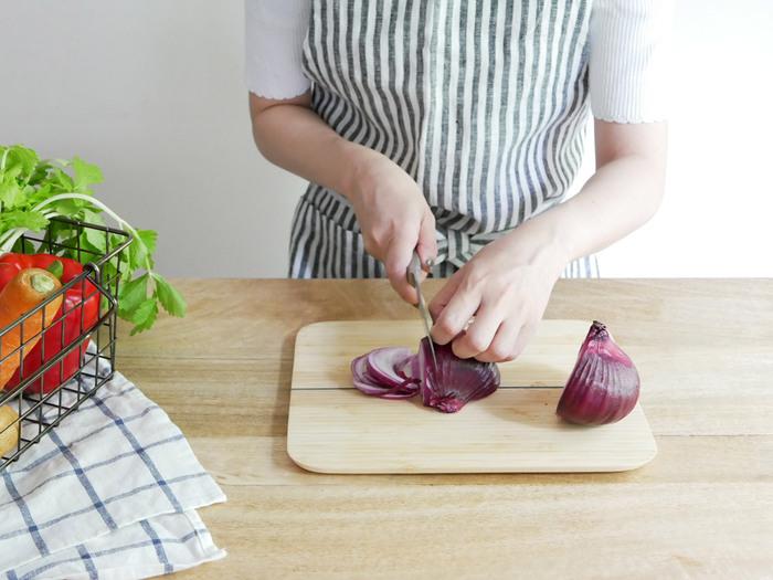 おしゃれなデザインと機能性を兼ね備えた「優秀キッチンツール」があれば、台所での作業もはかどってお料理の幅がぐっと広がるはずです。 今回ご紹介した高機能の鍋や調理器具をヒントに、さっそくキッチンライフ快適にしてくれる素敵なアイテムを探してみませんか?
