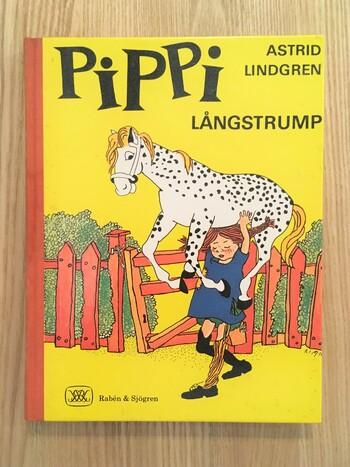 アストリッド・リンドグレーン 作 / イングリッド・ニイマン 絵 / いしいとしこ 翻訳 / 徳間書店  日本でもすっかりお馴染みの『長くつ下のピッピ』シリーズ。北欧を代表し、世界的にファンが多い作家アストリッド・リンドグレーンの作品です。今ではピッピのグッズも人気を博し、目にする機会も多いですよね。ピッピ好きな方こそ、是非読んでいただきたい愛らしい作品です。