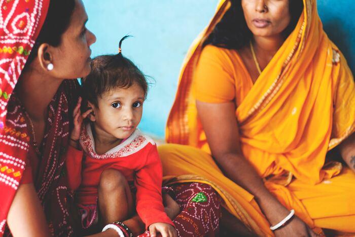 """「アーユルヴェーダ」という言葉を聞いたことがあるでしょうか。インドを発祥とした伝統的医学で、その歴史は5000年以上あると言われています。世界最古の言語「サンスクリット」で""""生命の智慧""""という意味を持ちます。"""
