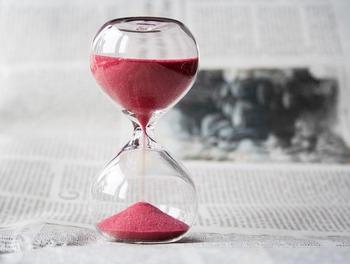 与えられた時間をいかに上手に使っていくかは、私たち次第。仕事は効率的に、短時間で上手に進めていきたいものですよね。