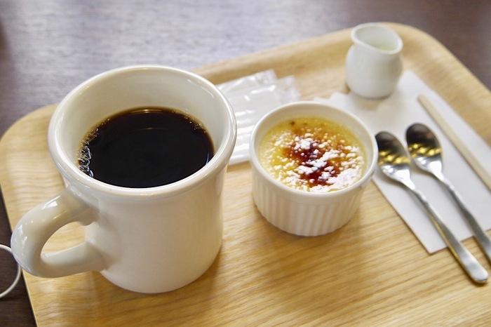 薫り高いコーヒーには、甘くてほろ苦いプリンがおすすめですよ。静かな空間をお探しの方にぴったりなカフェスポットとなっています♪