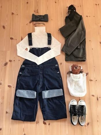 シンプルなデザインの「無印良品」のニットは、着まわしも自由自在。色違い、形違いで何枚も欲しくなってしまいそうです。今年も、「無印良品」のニットで冬のおしゃれを楽しみましょう♪