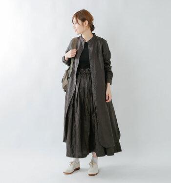 ワンピースとしても羽織としても使える優秀アイテム、シャツワンピ。高身長ぽっちゃりさんは、長め丈のものを選ぶとさらにすらっと見せることができます。