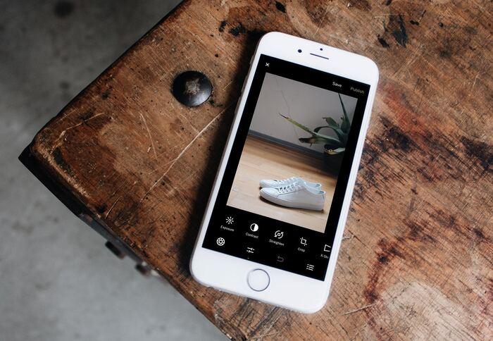 自分が撮った写真をより好みの色合いにしたい場合は、「VSCO」などのアプリを使っておしゃれなフィルターをかけてみましょう。Instagramなどに投稿する場合は、「正方形さん」など使ってトリミングしても可愛いですよ。