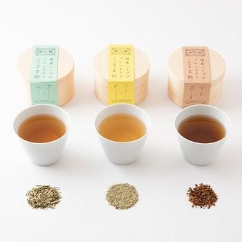 茶器と一緒に、ちょっとこだわってみたいのが茶葉。朝はとりあえず水分補給と思わずに、その日の体調に合わせた一杯や、心地よいと思う香りの一杯を選んでみましょう。明日は違う香りを...なんて考えるのも楽しいですね。
