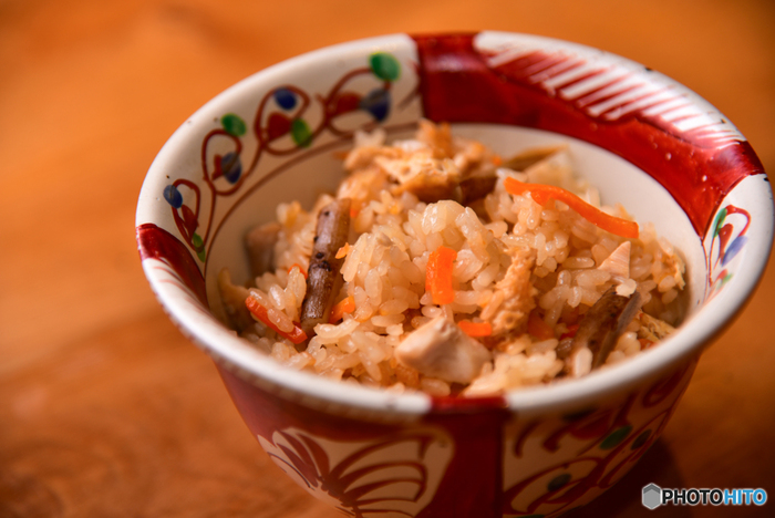 秋になると食べたくなる炊き込みご飯。だけど結構作るのは難しそう、しかも大変かも…と思ってしまうこともありますよね。