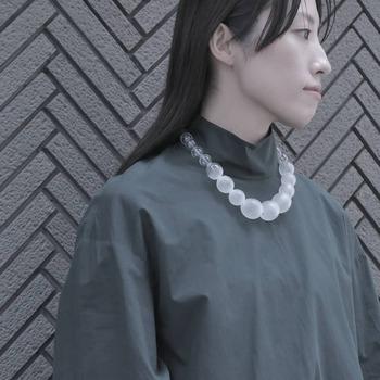 職人さんの繊細な手仕事から生まれる数々の美しいジュエリーは、大切な方へのギフトにもおすすめです。 SIRI SIRIが発信する様々なプロダクトを通して、日本の伝統工芸の素晴らしさを肌で感じてみませんか?