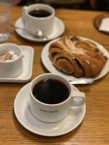 今回は、北欧4カ国、ノルウェー・デンマーク・スウェーデン・フィンランドの、おすすめコーヒーショップと、一緒に楽しみたい焼き菓子をたっぷりご紹介します!