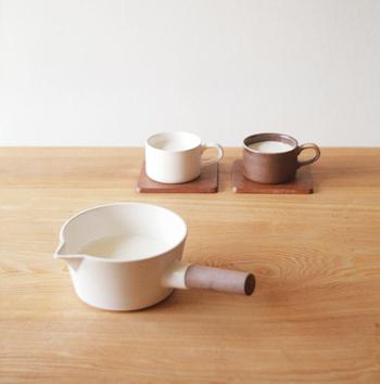 陶器製特有の保温性抜群のミルクパンを使ってお粥やシチューを作れば、少したっても温め直さずに美味しく食べられます。手頃なサイズでそのまま食卓に出して取り分けるのもOK!